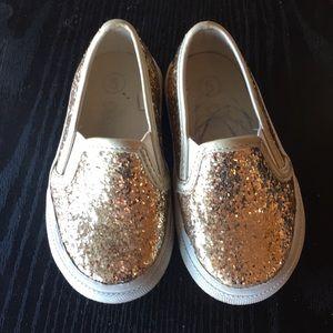 Circo gold glitter shoes